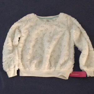 New Exhilaration Kids sweater. M/M 7-8